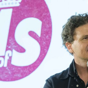 Dave Eggers with microphone (photo: Tom Oldham)