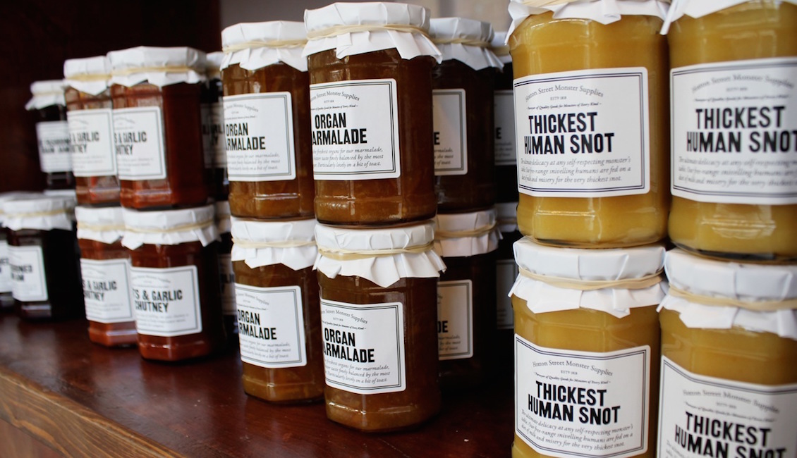 Human preserves on shop shelf (photo: Ana Maria Munoz)
